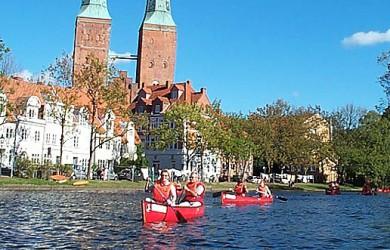 Erlebnis Kanutour Lübeck Eventagentur Lübeck zu Betriebsausflügen und Gruppenreisen in Lübeck