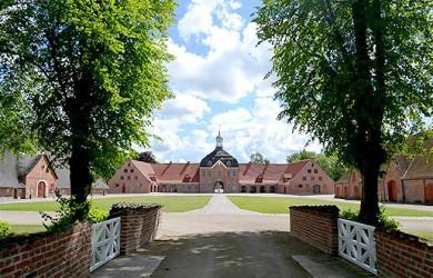 Eventagentur in Timmendorfer Strand und Lübeck für Reiseleitung Ostsee und Holsteinische Schweiz für Gruppenreisen und Rahmenprogramm zur Tagung
