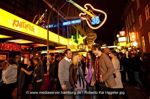 Eventagentur in Hamburg für Betriebsausflüge Hamburg mit Kiezralley für Ihre Weihnachtsfeier in Hamburg